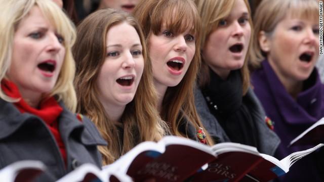 130708132737-british-military-choir-singing-story-top