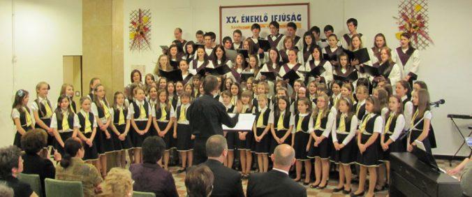 eneklo-ifjusag-koncert-miskolcon-forras-kota.hu